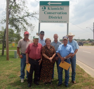 image of Kiamichi Conservation District board and staff