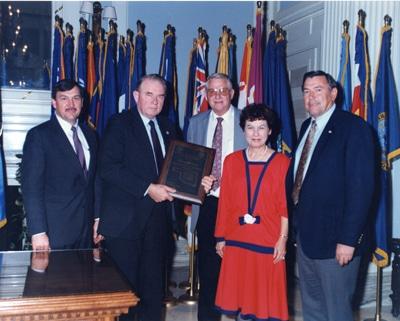 image of Bellmon accepting OACD President's Award in 1989.